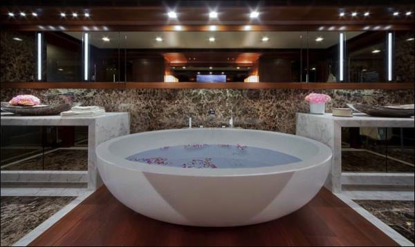 allabout.gr-Luxury-Yacht-10