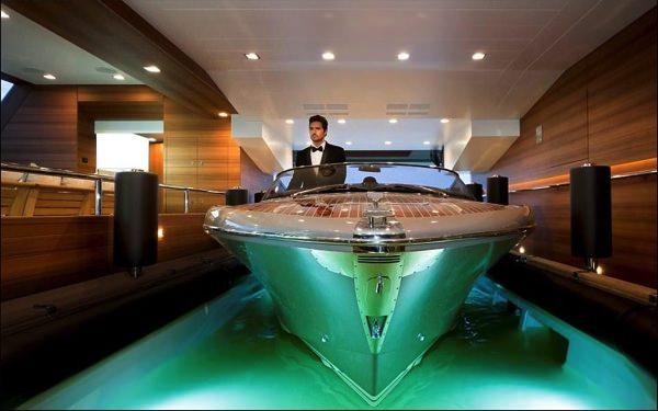 allabout.gr-Luxury-Yacht-3