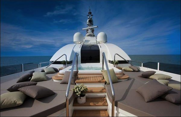 allabout.gr-Luxury-Yacht-7