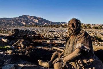 Amoo Hadji Ο άνθρωπος που έχει να πλυθεί 60 χρόνια!
