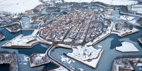 γραφικές χειμερινές πόλεις του κόσμου Naarden, Netherlands