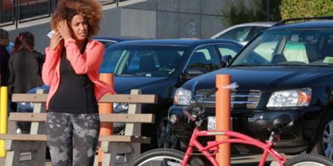 Φάρσα Το ποδήλατο που κινείται μόνο του και τρελαίνει κόσμο (Βίντεο) allabout.gr