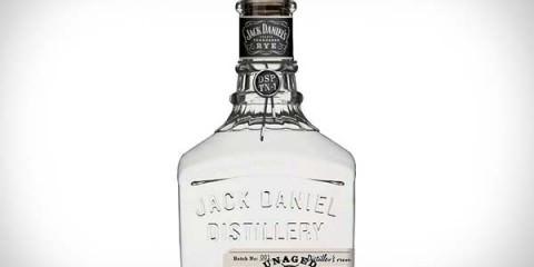 Λευκό ουίσκι για πρώτη φορά στην αγορά! white wiskey jack daniel allabout.gr 2
