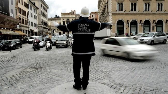 Γιατί η Ρώμη «ξέμεινε» από αστυνομικούς rome police allabout.gr