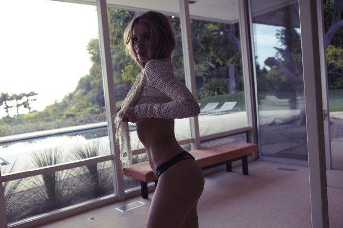 Rosie Huntington-Whiteley 6