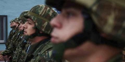 Τα 10 μεγαλύτερα ψέμματα που θα ακούσεις (και θα πεις) στο στρατό