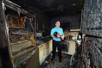 Πώς ένα δώρο κατέστρεψε μια ολόκληρη κουζίνα!