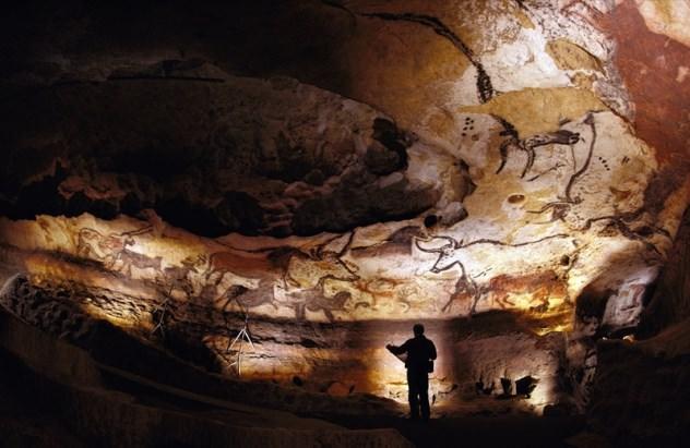 lascaux-cave-walls Σε αυτά τα 7 μέρη του κόσμου η είσοδος απαγορεύεται